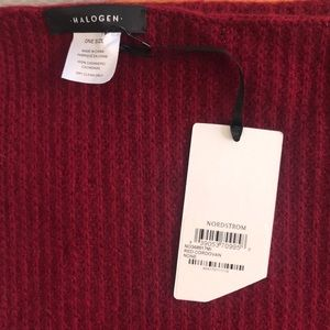 NWT Cashmere circles scarf